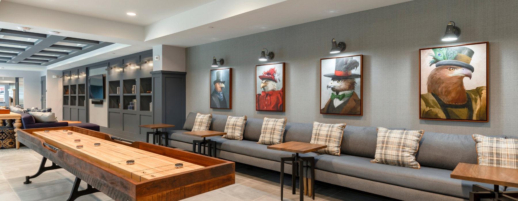 Delwyn Lounge